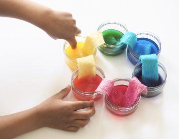 DIY : Activité sur les couleurs pour apprendre en s'amusant